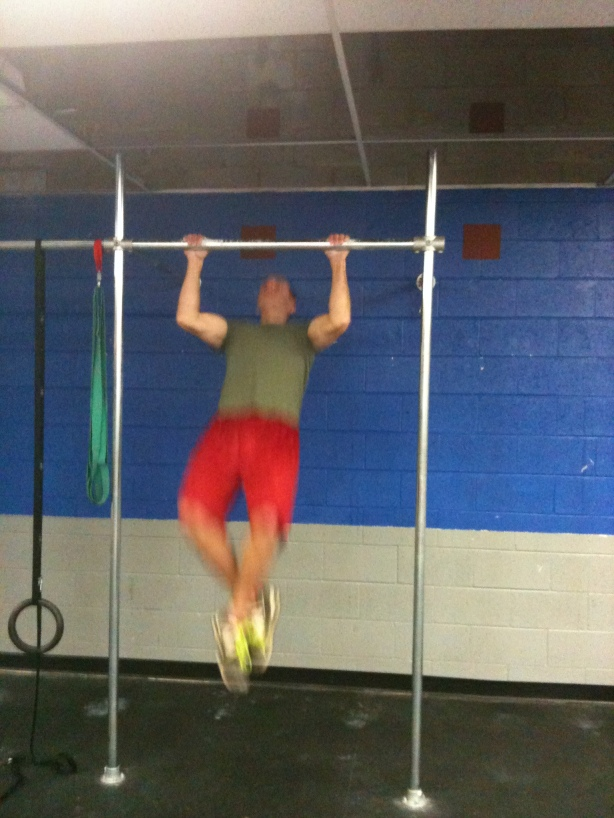 CrossFit Lakewood, Smashby Training, CrossFit in Denver, Clayton doing pull-ups